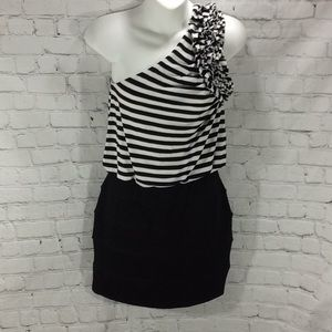 Cache One Shoulder Mini dress B/W in Small bodycon
